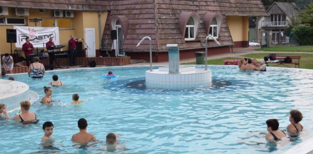Nyárbúcsúztató ingyenes fürdőzéssel