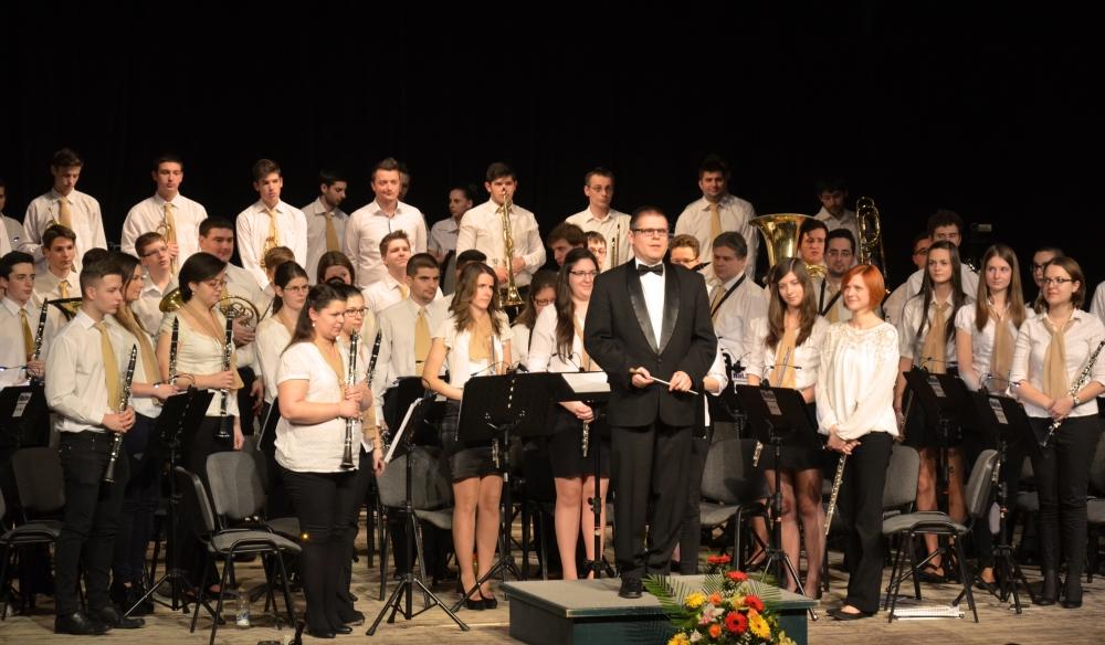 Újévi koncertet adtak a dombóvári fúvósok