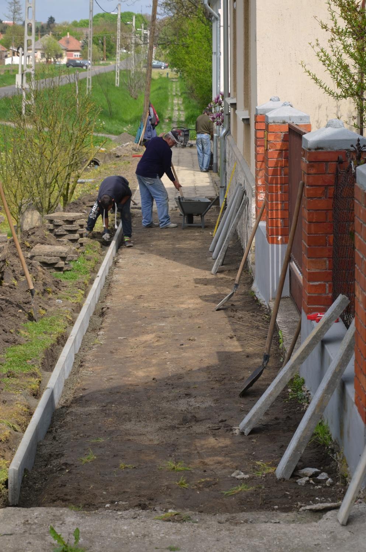 Járdafelújítási programot hirdetett a város- és lakásgazdálkodási nkft.