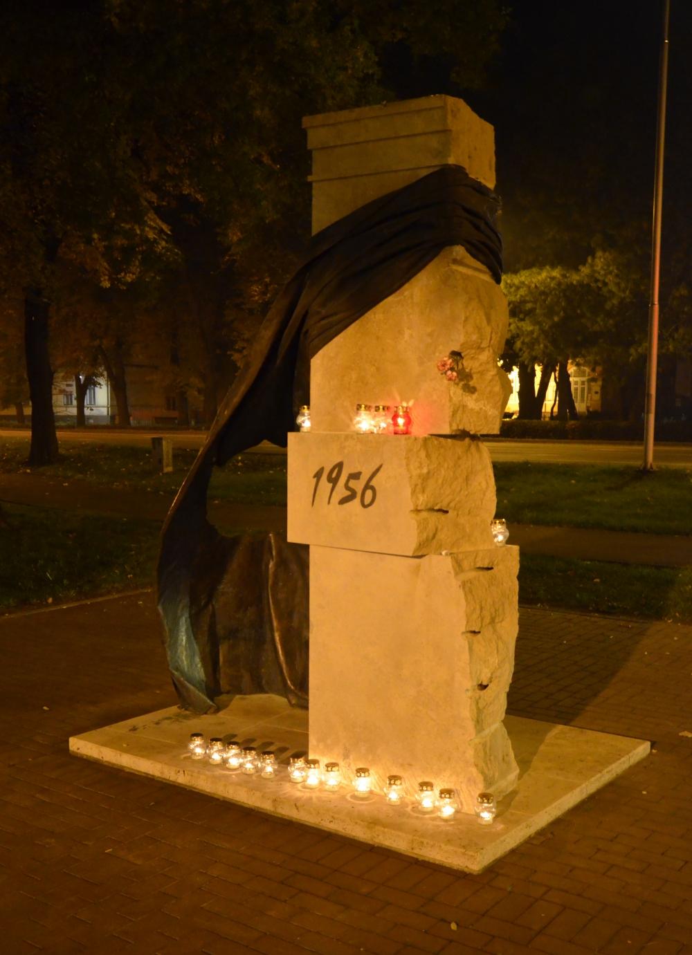 Emlékezés az '56-os mártírokra