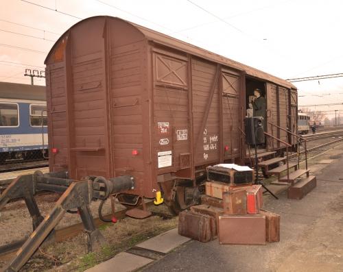 Dombóvárra ért a vagonkiállítás