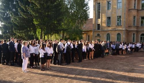 Felavatták a gimnázium megújult rendezvénytermét