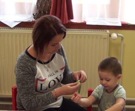 Szakemberek segítik a gyerekek szocializálódását